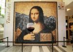 Mona Lisa with a Wine Glass - K 11 Mall, Hong Kong